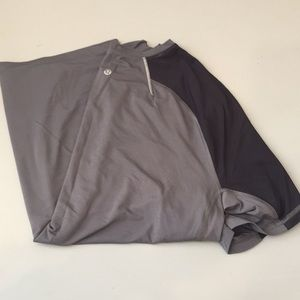 Lululemon Men's Grey and Black DriFit Shirt. sz:L
